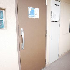 ライオンズマンション門前仲町第3(3階,)のフロア廊下(エレベーター降りてからお部屋まで)