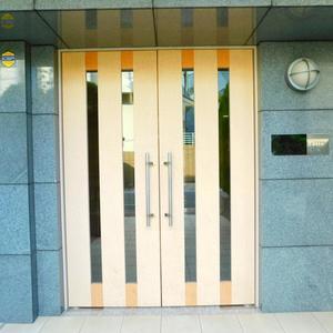 フォルトゥナ目白のマンションの入口・エントランス