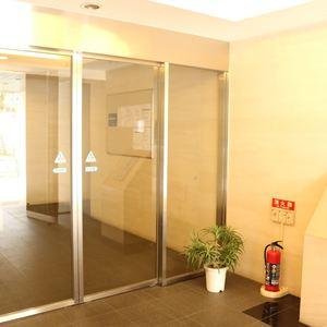 フォルティア文京千石のマンションの入口・エントランス