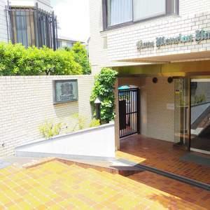 ライオンズマンション中野第2のマンションの入口・エントランス