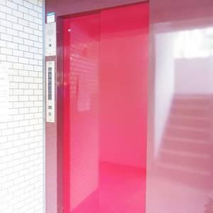 ライオンズマンション中野第2のエレベーターホール、エレベーター内