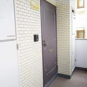 ライオンズマンション中野第2(2階,4880万円)のお部屋の玄関