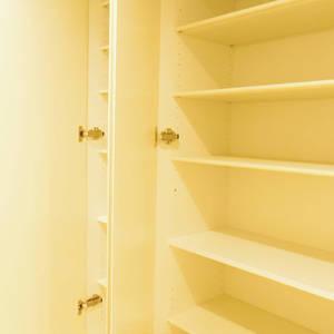 ライオンズマンション中野第2(2階,4780万円)のお部屋の玄関