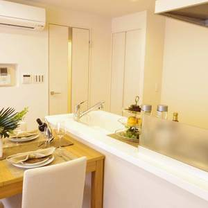 ライオンズマンション中野第2(2階,4780万円)の居間(リビング・ダイニング・キッチン)