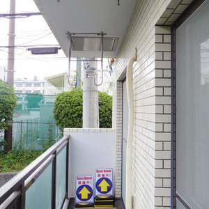 ライオンズマンション中野第2(2階,4880万円)のバルコニー