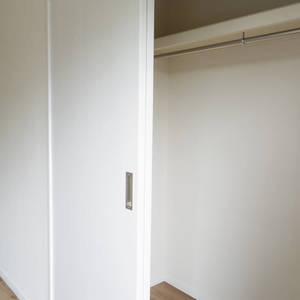 ライオンズマンション中野第2(2階,4880万円)の洋室(2)