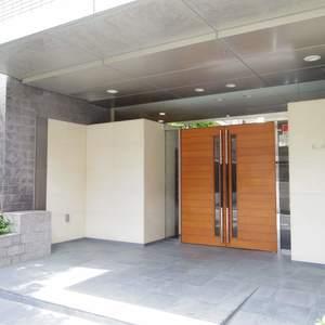 ヒルズ中野坂上新都心グランステージのマンションの入口・エントランス