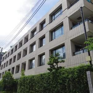 ヒルズ中野坂上新都心グランステージの外観