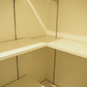 パレステュディオ六本木イースト2(2階,6580万円)のシューズインクローゼット