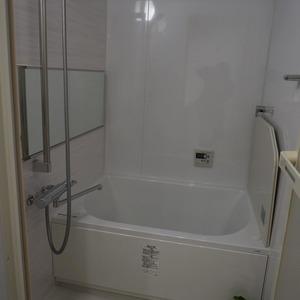マンション目黒苑(1階,3690万円)の浴室・お風呂