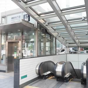 デュオスカーラ西麻布タワーEASTの最寄りの駅周辺・街の様子