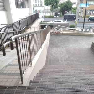 高田馬場住宅のマンションの入口・エントランス