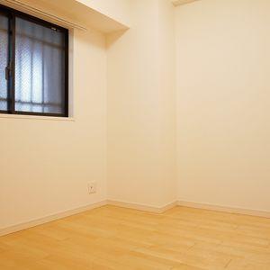 ライオンズマンション錦糸町親水公園第2(2階,4190万円)の洋室(2)