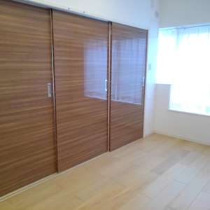 高田馬場住宅(7階,3399万円)の洋室(2)