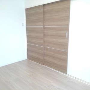高田馬場住宅(9階,3099万円)の洋室