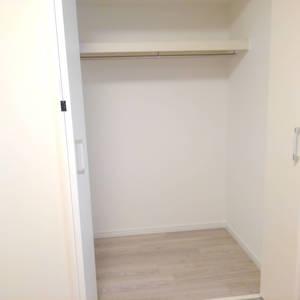 高田馬場住宅(9階,3099万円)の洋室(2)
