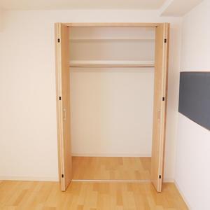 カーサ田原町(11階,4290万円)の洋室(3)