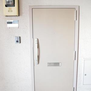 雷門永谷マンション(8階,)のフロア廊下(エレベーター降りてからお部屋まで)