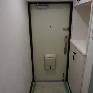マンション目黒苑(1階,3690万円)のお部屋の玄関