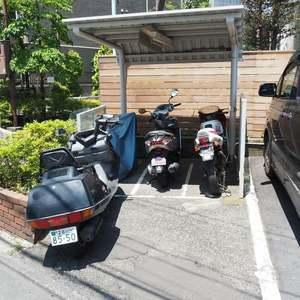 ソフトタウン代々木の駐輪場