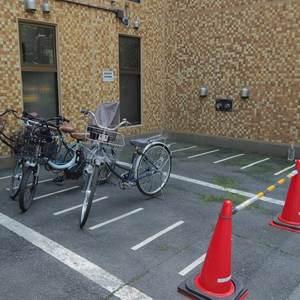 ライオンズマンション初台第2の駐輪場