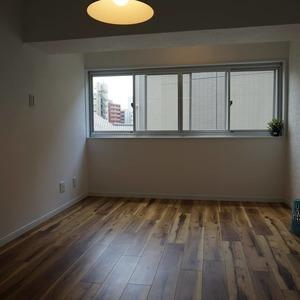 マンション目黒苑(1階,3690万円)の洋室