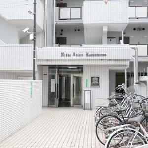 日興パレス雷門のマンションの入口・エントランス