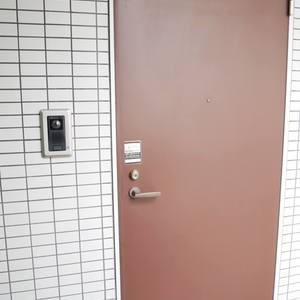 日興パレス雷門(7階,)のフロア廊下(エレベーター降りてからお部屋まで)