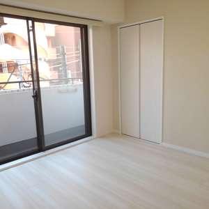 コスモ西落合(3階,)の洋室