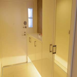 ハウス中野(4階,7690万円)のお部屋の玄関