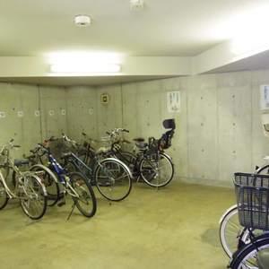ハウス中野の駐輪場