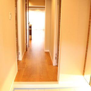 ファミール本郷(6階,)のお部屋の玄関