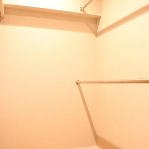 ファミール本郷(6階,)のウォークインクローゼット