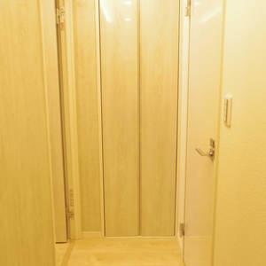 ブロードウェイ(6階,)のお部屋の廊下