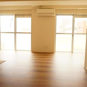 ネオハイツ田町(7階,3890万円)のリビング・ダイニング