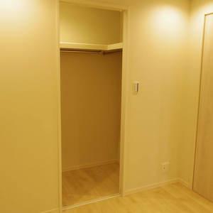 ブロードウェイ(6階,)の洋室