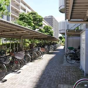 プリメール柳島の駐輪場