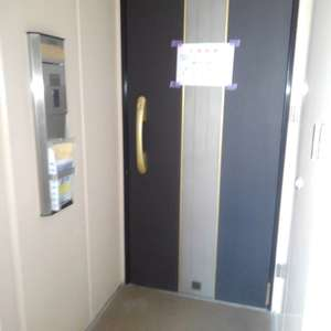 ライオンズタワー池袋(10階,)のフロア廊下(エレベーター降りてからお部屋まで)