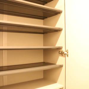 ライオンズマンション護国寺第3(2階,3380万円)のお部屋の玄関