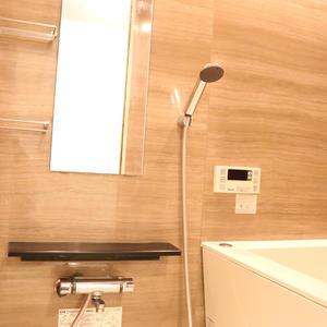 ライオンズマンション護国寺第3(2階,3380万円)の浴室・お風呂
