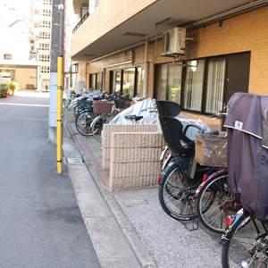 三井音羽ハイツの駐輪場