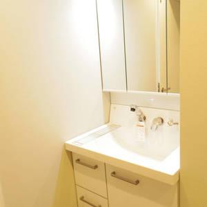 パシフィック中野(4階,4180万円)の化粧室・脱衣所・洗面室