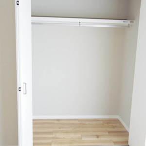 パシフィック中野(4階,4180万円)の洋室(2)
