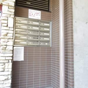スカーラ中野新井のマンションの入口・エントランス