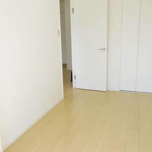 スカーラ中野新井(4階,2480万円)の洋室