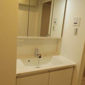 スカーラ中野新井(4階,2480万円)の化粧室・脱衣所・洗面室