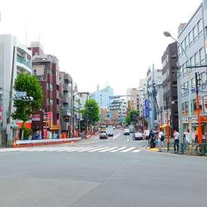 パシフィック西早稲田の最寄りの駅周辺・街の様子