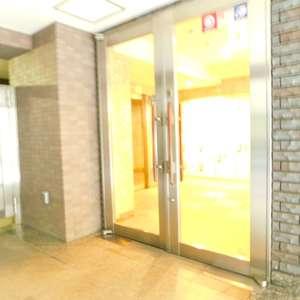 ステージファースト目白のマンションの入口・エントランス