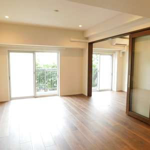 秀和大山レジデンス(2階,)の居間(リビング・ダイニング・キッチン)