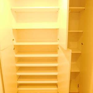 レジェンド大山(2階,)のお部屋の廊下